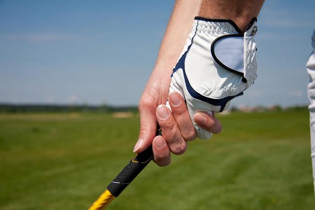 伸び悩んでいるシングルを目指す中級者のためのゴルフスクールの選び方