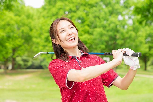 ゴルフスクールやyoutubeのレッスン動画では上達しない?スクール選びを間違えていませんか?